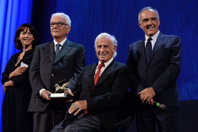 Jean-Paul Belmondo est récompensé d'un Lion d'or à Venise