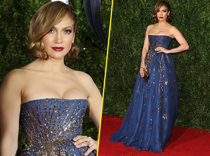 Jennifer Lopez : fini la provoc' et transparence, retour au glamour !
