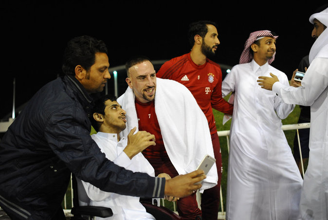 Photos : Franck Ribéry dort, ses coéquipiers se moquent !