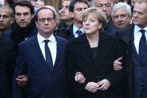 Photos : François Hollande : son garde du corps affole les internautes !