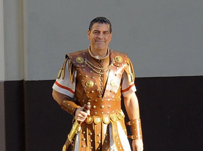 Photos : George Clooney : un Jules César en jupe tout à fait assumée !