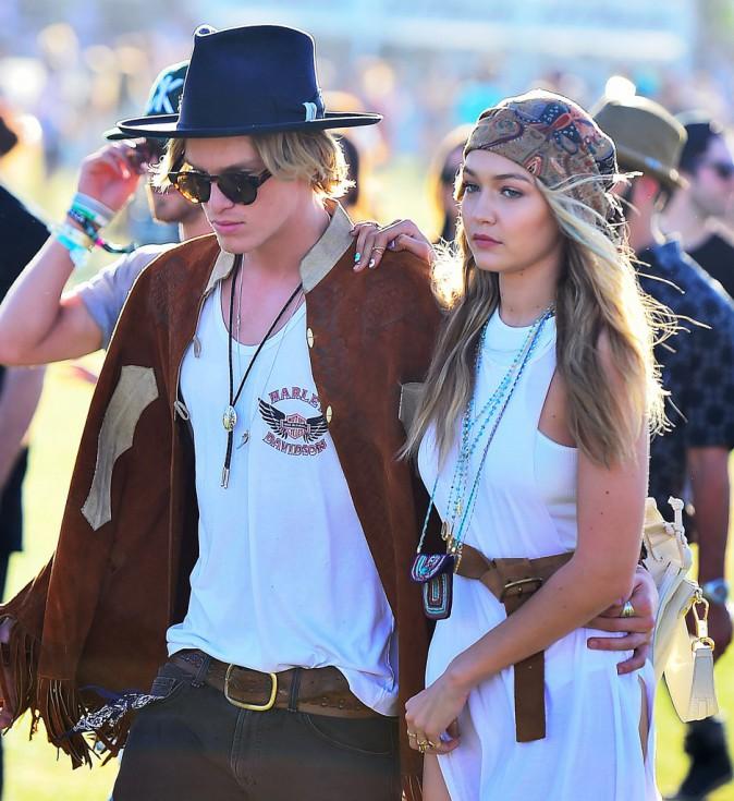 Photos : Gigi Hadid : amoureuse et bohème dans les bras de Cody Simpson !