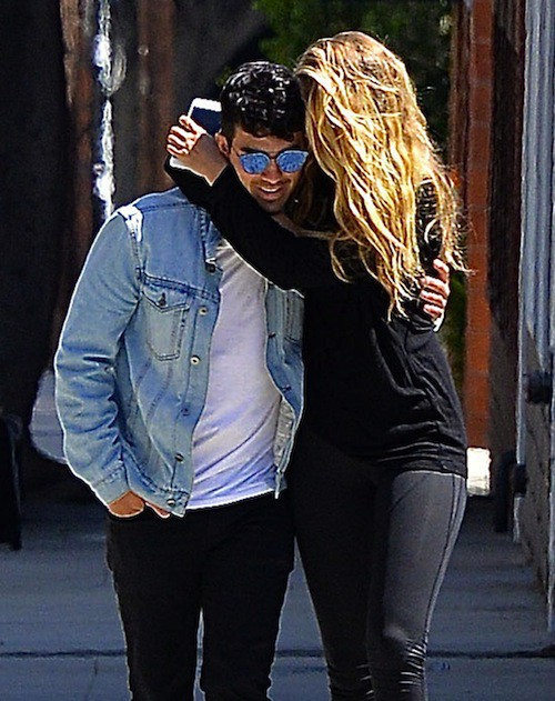 Photos : Gigi Hadid et Joe Jonas affichent leur love story au grand jour !