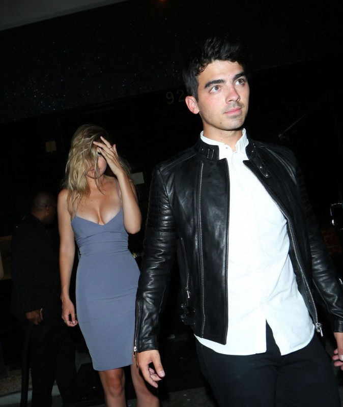 Gigi Hadid, Joe Jonas à Los Angeles