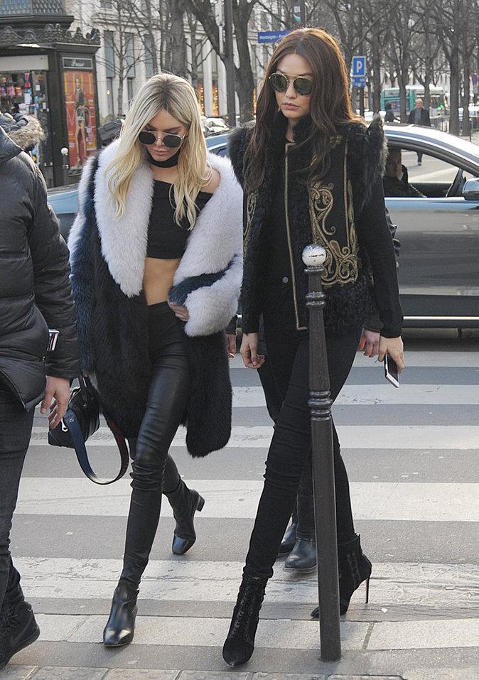 Photos : Gigi Hadid et Kendall Jenner s'échangent leurs coiffures pour Balmain!