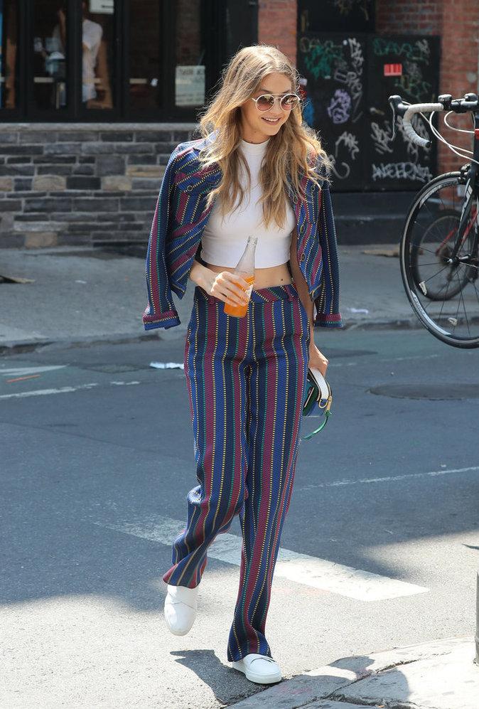 Photos : Gigi Hadid : la blonde canonesque dans les rues de New York