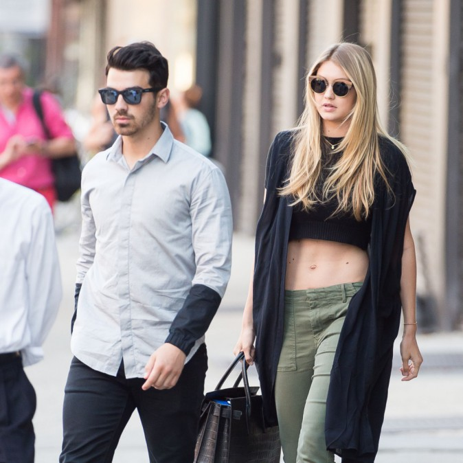 Gigi Hadid et Joe Jonas à New York, le 11 juillet 2015