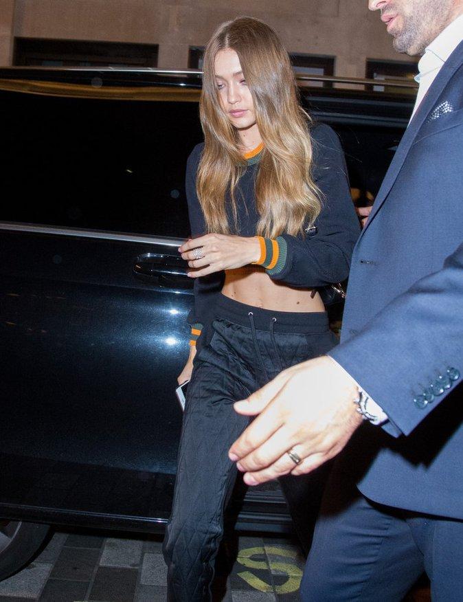 Gigi Hadid et Zayn Malik main dans la main à Londres ce samedi 17 septembre