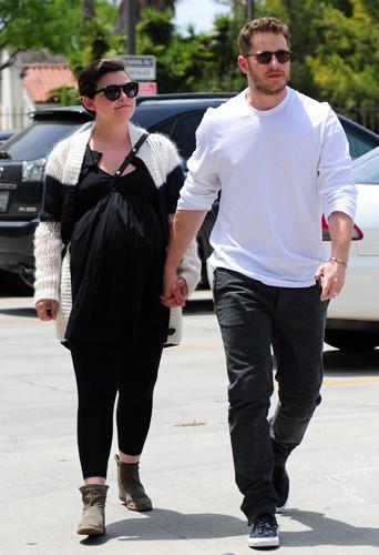 Ginnifer Goodwin et Josh Dallas à Los Angeles le 5 mai 2014