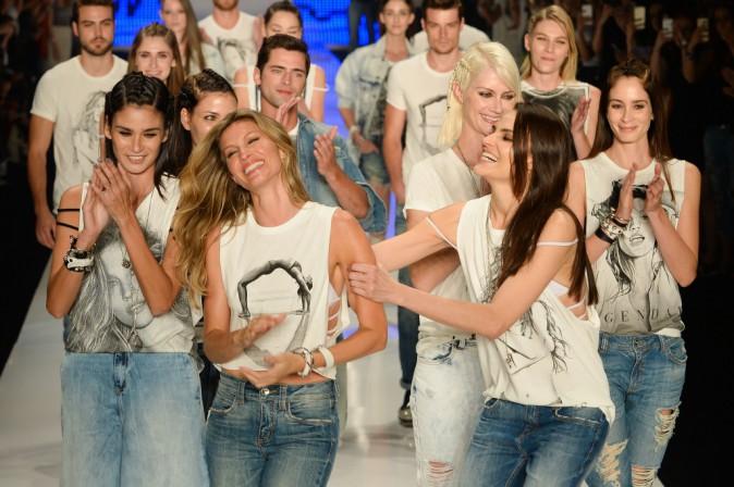 Photos : Gisele Bündchen : en larmes pour son dernier défilé, Tom Brady très fier !