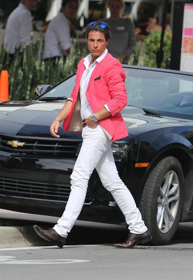 Giuseppe en tournage à Miami pour NRJ 12 le 15 janvier 2013