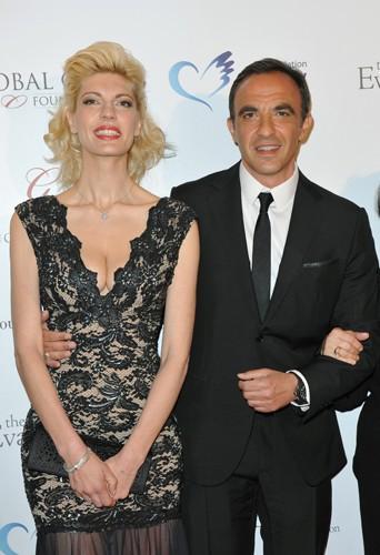 Nikos Aliagas et sa femme Tina à Paris le 12 mai 2014