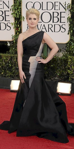 Golden Globes 2011 : le look de Kelly Osbourne
