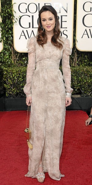 Golden Globes 2011 : le look de Leighton Meester