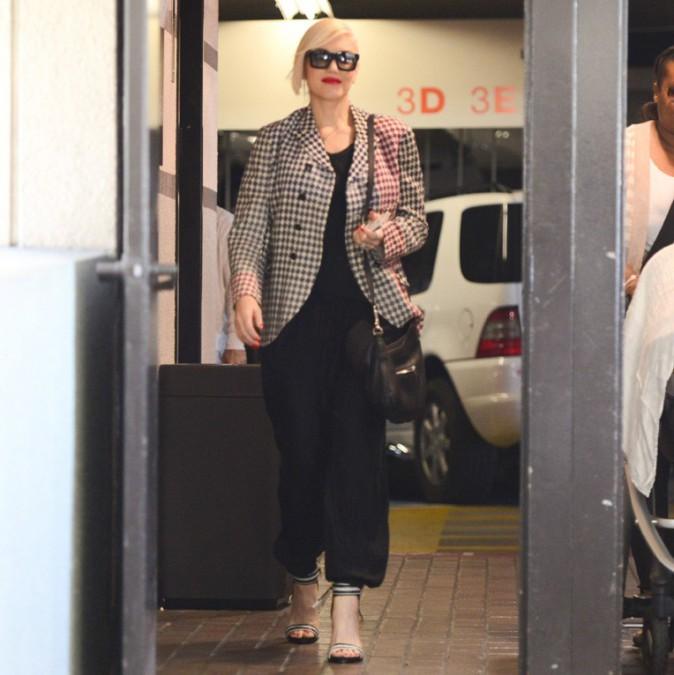 Gwen Stefani à l'hôpital Cedars Sinaï de Los Angeles avec son fils Apollo le 14 avril 2014