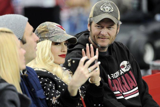 Gwen Stefani : Encore collée à Blake Shelton, elle ne le quitte plus !