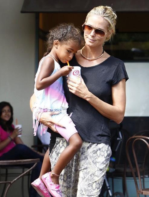 Heidi Klum et sa fille Lou à Los Angeles le 26 juillet