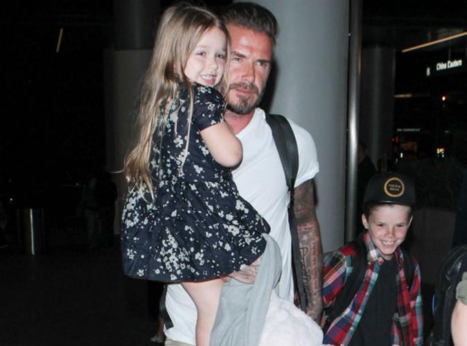 Harper Beckham : bien plus fan des paparazzi que son papa, elle lui vole la vedette !