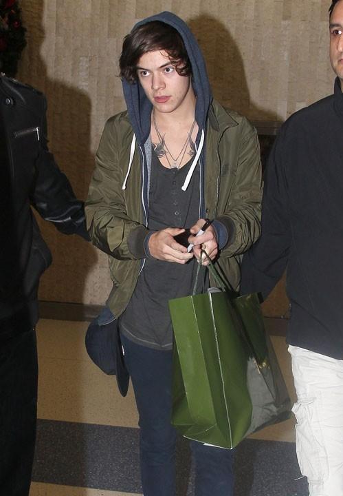 Harry Styles à l'aéroport JFK de New-York le 25 novembre 2012