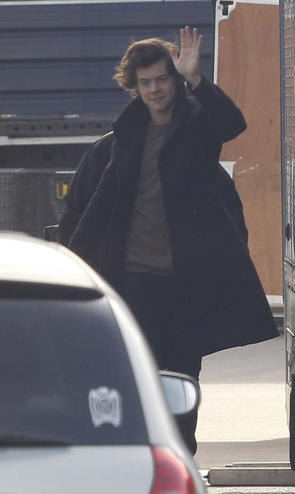 Harry Styles arrive dans un studio de Londres