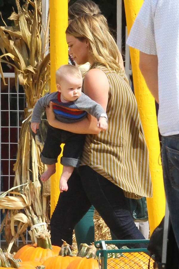 Hilary Duff chez Mr. Bones Punmpkin Patch à West Hollywood le 13 octobre 2012