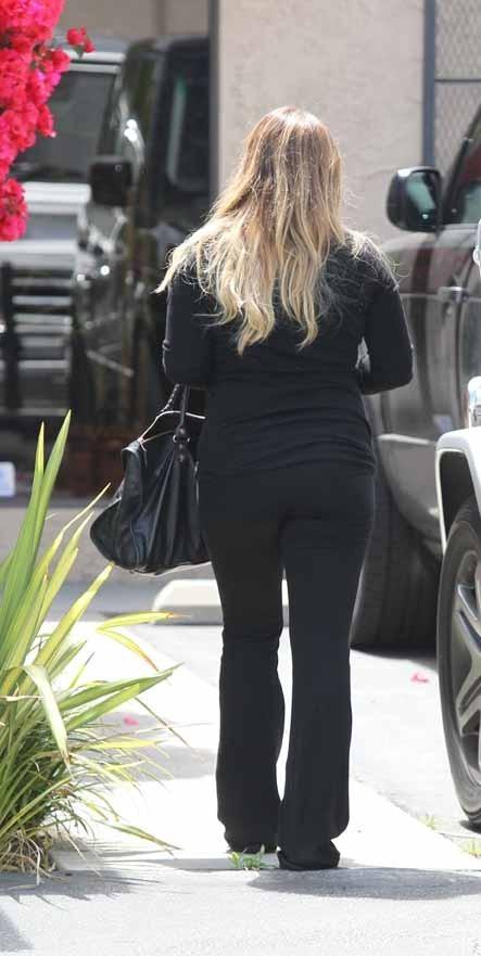 Les kilos de sa grossesse vont être durs à perdre ...