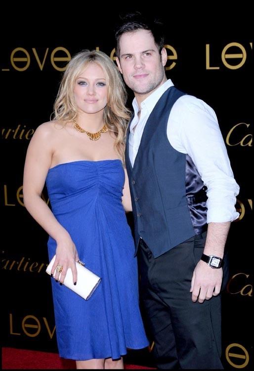 Avec son mari, Mike Comrie.