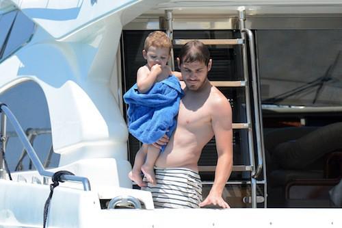 Photos : Iker Casillas : ses vacances de rêve avec sa belle Sara Carbonero et leur baby boy !