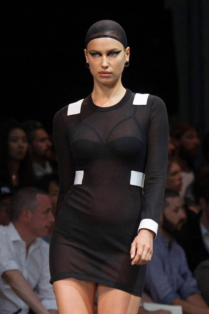 Irina Shayk au défilé Givenchy organisé à la Halle Freyssinet, à Paris, 27 juin 2014