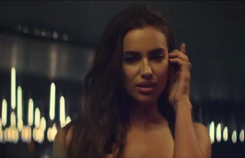 Photos : Irina Shayk : bombe explosive dans le nouveau clip de Marc Anthony !