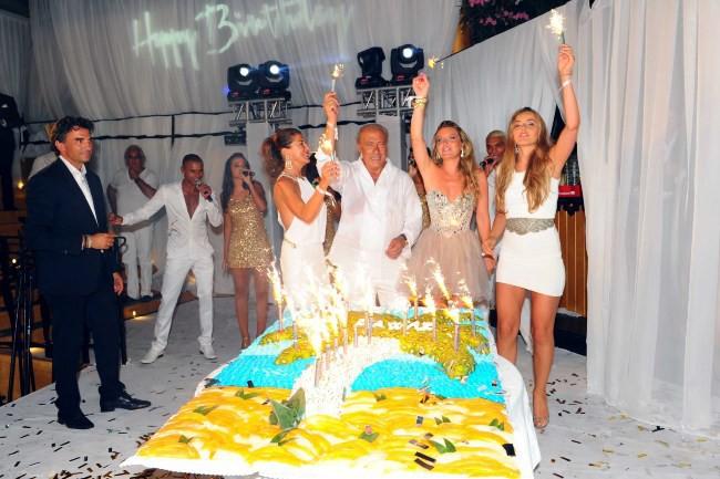 Fawaz Gruosi fête son anniversaire à Porto Cervo, le 8 août 2013.