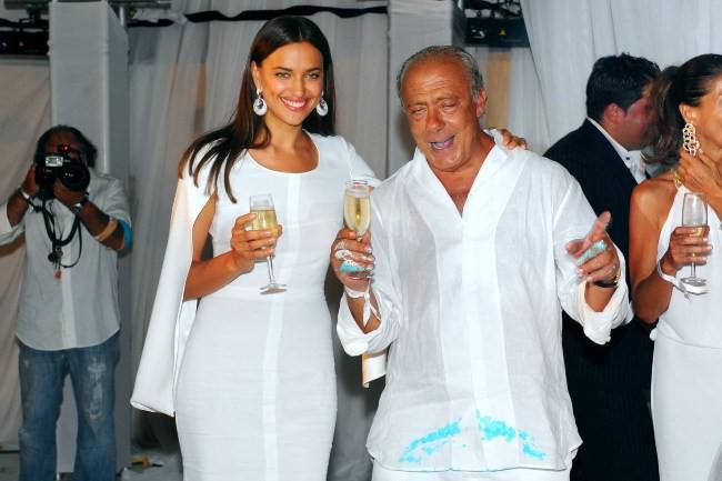 Irina Shayk lors de l'anniversaire du joaillier Fawaz Gruosi à Porto Cervo, le 8 août 2013.