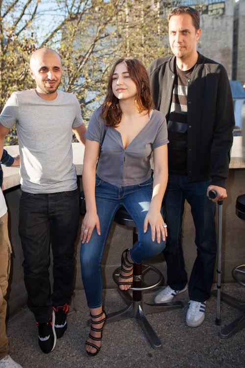 """Mehdi Idir, Grand Corps Malade et Izia Higelin à l'avant-première du court-métrage """"Le bout du tunnel"""" le 14 avril 2015"""