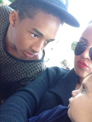 """""""Battle"""" de regards entre Jaden Smith et Penelope Disick, sous les yeux de Khloe Kardashian !"""