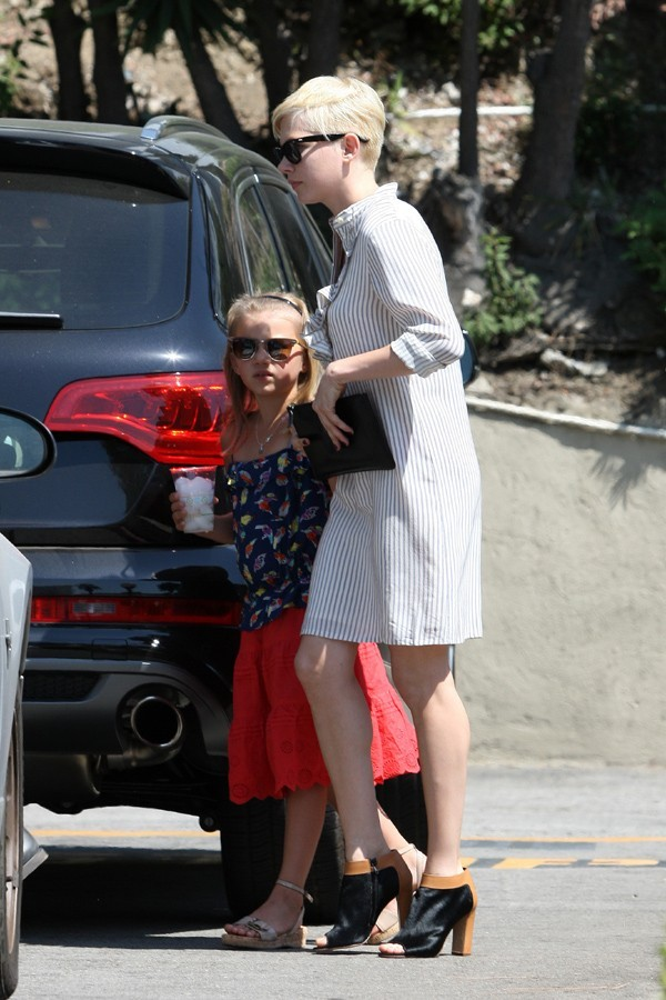 Jason Segel et Michelle Williams à Los Angeles le 19 août 2012