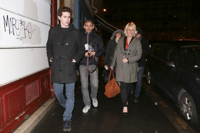 Paul Belmondo, sa femme Luana et leur fils Victor à l'anniversaire de Jean-Paul Belmondo, le 9 avril 2013 à Paris