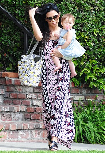 Jenna Dewan-Tatum et sa fille Everly à Los Angeles le 10 avril 2014