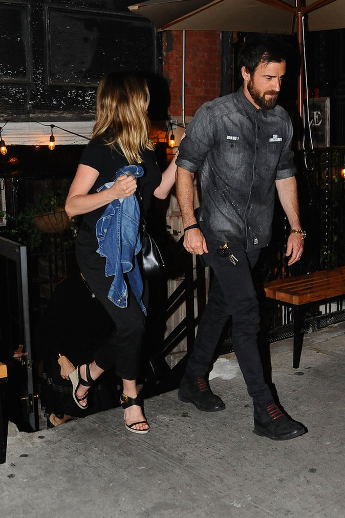 Photos : Jennifer Aniston : mais qu'est-ce qu'elle nous cache ?