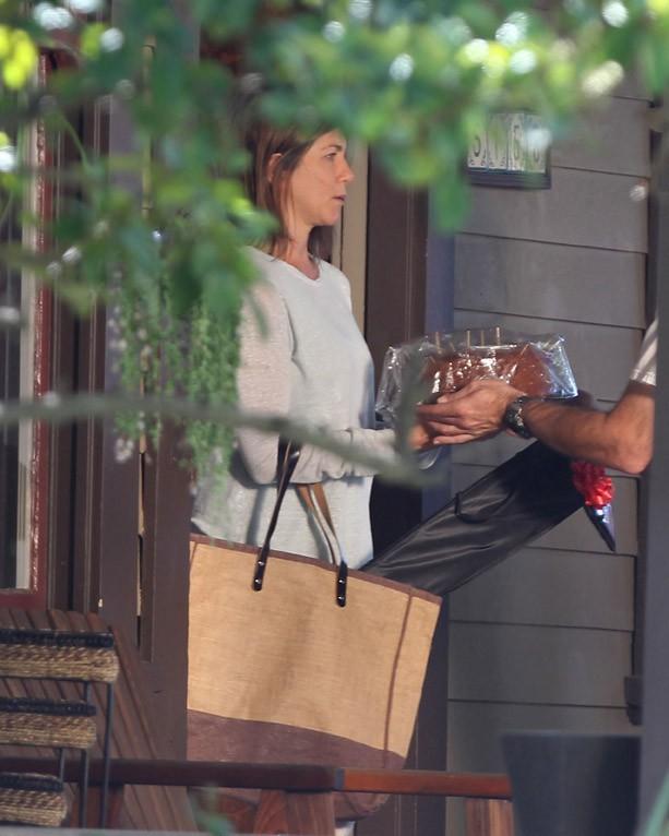 Jennifer Aniston sur le tournage de son nouveau film à Los Angeles le 7 avril 2014
