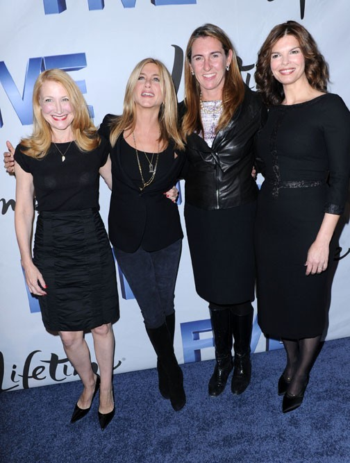 Patricia Clarkson, Jennifer Aniston, Nancy Dubuc et Jeanne Tripplehorn lors de la présentation de Project Five à Washington, le 3 octobre 2011.