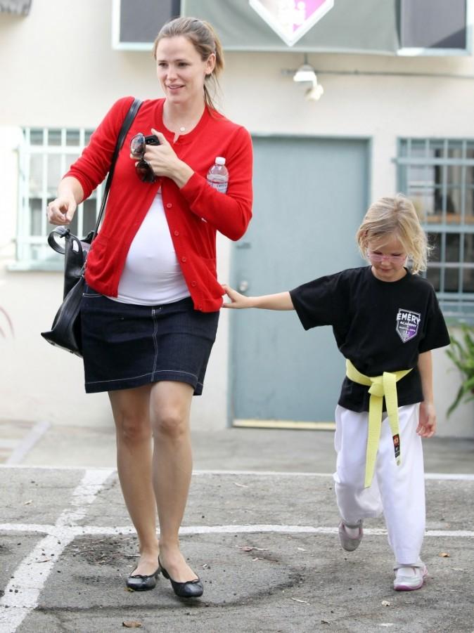 Et c'est avec une belle ceinture jaune qu'elle est ressortie !