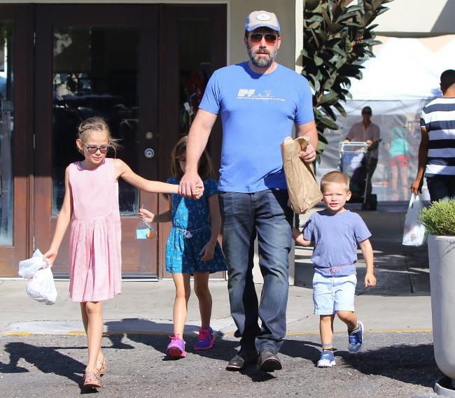 Jennifer Garner et Ben Affleck avec leurs enfants à Los Angeles le 20 septembre 2015