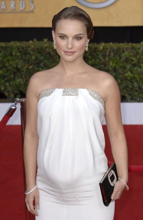 Natalie Portman, très enceinte aux Oscars 2011 !