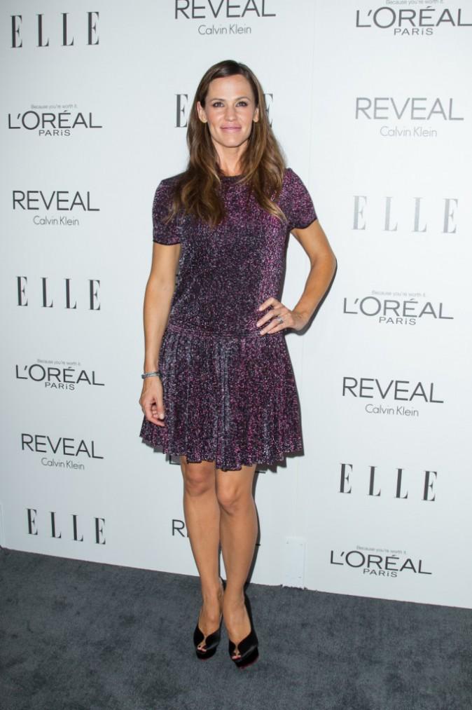 Photos : Jennifer Garner : L'actrice rayonne dans sa petite robe tutu pailleté lors des Elle Women in Hollywood Awards