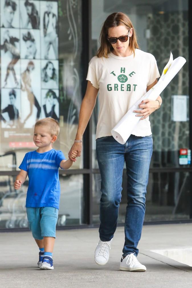 Jennifer Garner et son fils Samuel à Santa Monica le 21 septembre 2015
