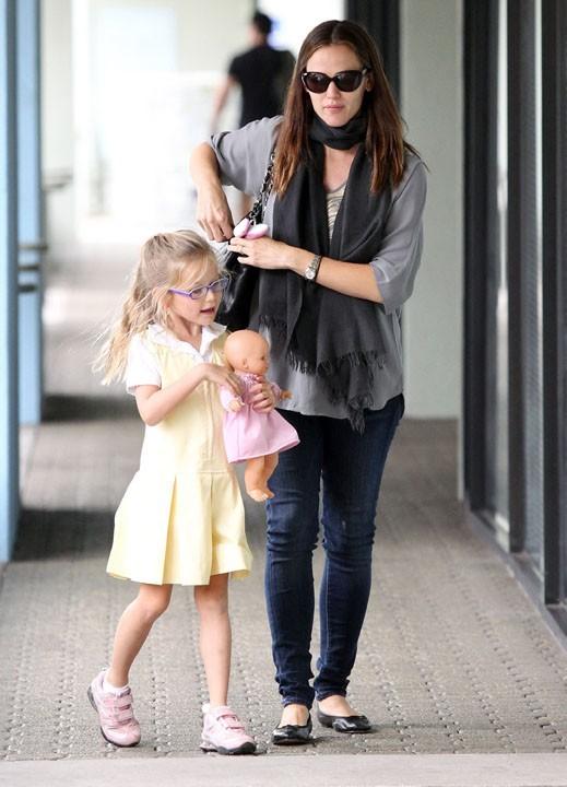 L'actrice est allée chercher sa fille à l'école...