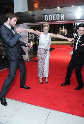 Liam Hemsworth, Jennifer Lawrence et Josh Hutcherson à Londres le 11 novembre 2013