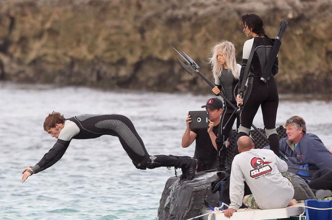 Jennifer Lawrence sur le tournage de Catching Fire à Hawaï le 26 novembre 2012