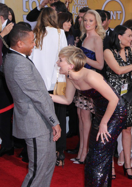 Photos : Jennifer Lawrence : rayonnante, elle multiplie les fous rires aux côtés de Cuba Gooding Jr aux SAG Awards !