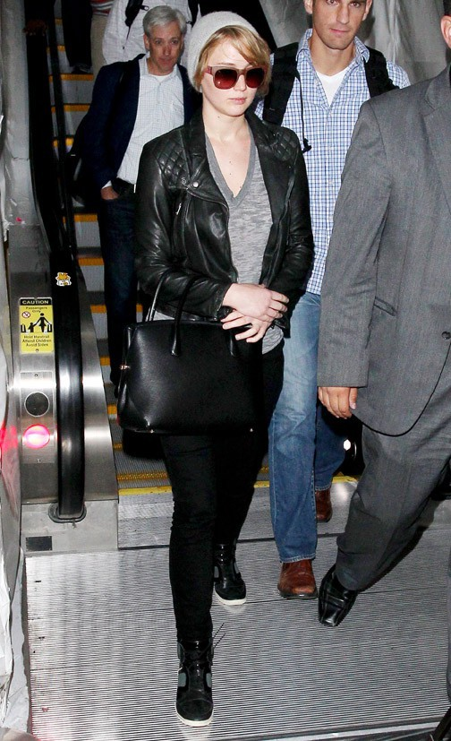 Jennifer Lawrence à l'aéroport de Los Angeles le 4 novembre 2013